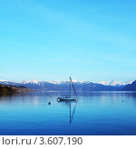 Купить «Женевское озеро, Швейцария», фото № 3607190, снято 5 апреля 2010 г. (c) Иван Михайлов / Фотобанк Лори