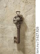 Ключ старинный. Стоковое фото, фотограф Борис Антонов / Фотобанк Лори