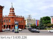 Купить «Город Владимир, здание Сбербанка на Соборной площади», фото № 3630226, снято 7 июня 2011 г. (c) ElenArt / Фотобанк Лори