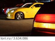 Купить «Разноцветные автомобили на стоянке», фото № 3634086, снято 27 апреля 2011 г. (c) Losevsky Pavel / Фотобанк Лори