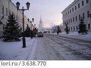 Купить «Улица Кремлёвская», фото № 3638770, снято 2 декабря 2007 г. (c) Войткевич Любовь / Фотобанк Лори