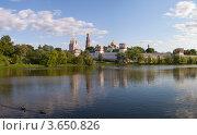 Купить «Новодевичий монастырь», фото № 3650826, снято 24 мая 2012 г. (c) Валерий Пчелинцев / Фотобанк Лори