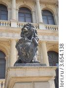 Купить «Каменный лев», эксклюзивное фото № 3654138, снято 7 июля 2012 г. (c) Svet / Фотобанк Лори