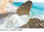 Купить «Прибой на пляже Ионического моря ( Порто Кацики, Лефкада, Греция)», фото № 3657454, снято 26 июня 2012 г. (c) Юрий Брыкайло / Фотобанк Лори