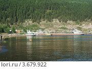 Купить «Река Лена в городе Киренске Иркутской области», эксклюзивное фото № 3679922, снято 18 июня 2011 г. (c) Валерий Лаврушин / Фотобанк Лори