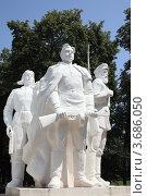 Фрагмент мемориала (2012 год). Редакционное фото, фотограф Игорь Веснинов / Фотобанк Лори