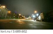 Купить «Машины проезжают по ночной дороге на фоне Красной Площади в Москве», видеоролик № 3689602, снято 18 июня 2010 г. (c) Losevsky Pavel / Фотобанк Лори