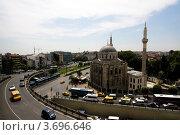 Купить «Стамбул. Мечеть Валиде-Султан (Аксарай) из окна отеля», фото № 3696646, снято 26 июня 2012 г. (c) Наталья Белотелова / Фотобанк Лори