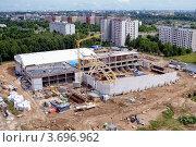 Строительство крытого катка по проспекту Любимова в Минске (2012 год). Стоковое фото, фотограф herndlhoffer / Фотобанк Лори