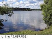 Купить «Москва-река в Павшино», эксклюзивное фото № 3697062, снято 30 июня 2012 г. (c) Игорь Веснинов / Фотобанк Лори