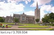 Купить «Парк у собора святого Патрика, Дублин», видеоролик № 3709934, снято 9 ноября 2010 г. (c) Losevsky Pavel / Фотобанк Лори