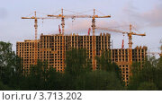 Купить «Строительство дома, Москва, таймлапс», видеоролик № 3713202, снято 23 сентября 2010 г. (c) Losevsky Pavel / Фотобанк Лори