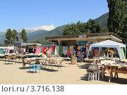 Купить «Рынок в поселке Архыз», эксклюзивное фото № 3716138, снято 21 июля 2012 г. (c) Rekacy / Фотобанк Лори