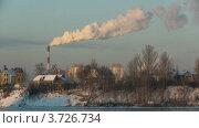 Купить «ТЭЦ на берегу», видеоролик № 3726734, снято 17 декабря 2009 г. (c) Egorius / Фотобанк Лори