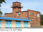 Пожарная часть, город Дегтярск (2012 год). Редакционное фото, фотограф Оксана Мурзина / Фотобанк Лори