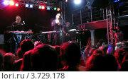 Купить «Татьяна Зыкина  в клубе IKRA(Таймлапс)», видеоролик № 3729178, снято 8 декабря 2010 г. (c) Losevsky Pavel / Фотобанк Лори