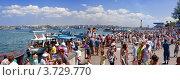 Купить «Люди на набережной Севастополя в день ВМФ», фото № 3729770, снято 29 июля 2012 г. (c) Недзельская Татьяна / Фотобанк Лори