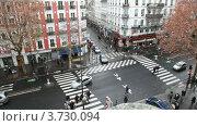 Купить «Перекресток в Париже», видеоролик № 3730094, снято 25 февраля 2011 г. (c) Losevsky Pavel / Фотобанк Лори