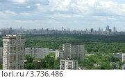 Купить «Центр Москвы в пасмурный летний день, таймлапс», видеоролик № 3736486, снято 1 июня 2011 г. (c) Losevsky Pavel / Фотобанк Лори