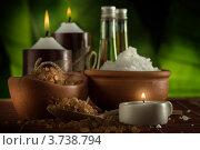 Купить «Спа-натюрморт со свечами и морской солью», фото № 3738794, снято 23 февраля 2012 г. (c) Дмитрий Эрслер / Фотобанк Лори
