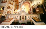 Купить «Интерьер православной церкви», видеоролик № 3739686, снято 8 августа 2011 г. (c) Losevsky Pavel / Фотобанк Лори