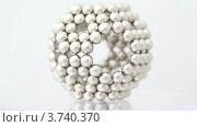 Купить «Магнитные шарики образуют форму клетки», видеоролик № 3740370, снято 15 августа 2011 г. (c) Losevsky Pavel / Фотобанк Лори