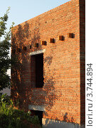 Стена нового кирпичного дома. Стоковое фото, фотограф Попова Ольга / Фотобанк Лори