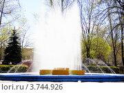 Фонтан, город Великие Луки. Редакционное фото, фотограф Елена Таранец / Фотобанк Лори