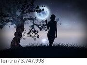 Купить «Силуэт женщины у реки под луной», иллюстрация № 3747998 (c) Анна Павлова / Фотобанк Лори