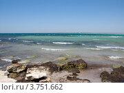 Скалы на  берегу моря (2012 год). Стоковое фото, фотограф Мария Деркунская / Фотобанк Лори