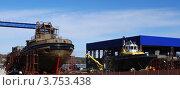 Купить «Строящиеся суда на стапеле», фото № 3753438, снято 2 апреля 2012 г. (c) Алексей Бекетов / Фотобанк Лори