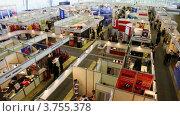 Купить «Павильоны выставки пожарной техники во Всероссийском выставочном центре с людьми», видеоролик № 3755378, снято 8 ноября 2011 г. (c) Losevsky Pavel / Фотобанк Лори