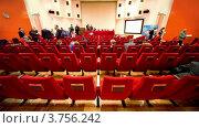 Купить «Люди в зале заседаний», видеоролик № 3756242, снято 2 ноября 2011 г. (c) Losevsky Pavel / Фотобанк Лори