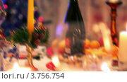 Купить «Бокалы и свеча на рождественском столе», видеоролик № 3756754, снято 11 ноября 2011 г. (c) Losevsky Pavel / Фотобанк Лори