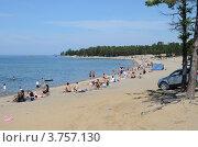 Купить «Байкал. Пляж. Поселок Горячинск», фото № 3757130, снято 12 августа 2012 г. (c) Валерий Митяшов / Фотобанк Лори