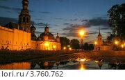 Купить «Вологодский кремль, таймлапс», видеоролик № 3760762, снято 18 августа 2011 г. (c) Losevsky Pavel / Фотобанк Лори