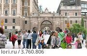 Купить «Люди проходят мимо Riksdag, Стокгольм, Швеция, таймлапс», видеоролик № 3760806, снято 17 августа 2011 г. (c) Losevsky Pavel / Фотобанк Лори