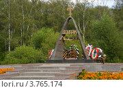 """Купить «Лобня. Мемориал """"Звонница""""», эксклюзивное фото № 3765174, снято 10 августа 2012 г. (c) Pukhov K / Фотобанк Лори"""