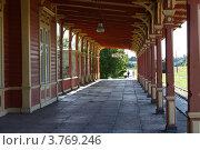 Купить «Хаапсалу. Вокзал.», фото № 3769246, снято 19 июля 2012 г. (c) Ирина Соколова / Фотобанк Лори