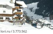 Купить «Отель Gruenerhof в горной долине зимой, таймлапс», видеоролик № 3773562, снято 1 марта 2012 г. (c) Losevsky Pavel / Фотобанк Лори