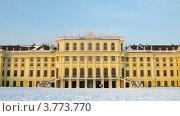 Купить «Дворец в лучах заходящего солнца, таймлапс», видеоролик № 3773770, снято 3 марта 2012 г. (c) Losevsky Pavel / Фотобанк Лори
