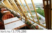 Купить «Терраса ресторана с видом на Москву», видеоролик № 3776286, снято 26 февраля 2012 г. (c) Losevsky Pavel / Фотобанк Лори