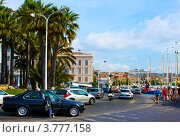 Купить «Улица и порт в Каннах», фото № 3777158, снято 13 июня 2010 г. (c) ElenArt / Фотобанк Лори