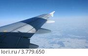 Купить «Земля, покрытая снегом, из окна самолета, таймлапс», видеоролик № 3779650, снято 27 апреля 2012 г. (c) Losevsky Pavel / Фотобанк Лори