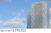 Купить «Небоскреб, таймлапс», видеоролик № 3779722, снято 16 апреля 2012 г. (c) Losevsky Pavel / Фотобанк Лори