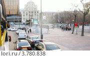 Купить «Автобус едет по улицам Мадрида днем, таймлапс», видеоролик № 3780838, снято 19 апреля 2012 г. (c) Losevsky Pavel / Фотобанк Лори