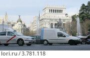 Купить «Поток машин в Мадриде, таймлапс», видеоролик № 3781118, снято 20 апреля 2012 г. (c) Losevsky Pavel / Фотобанк Лори