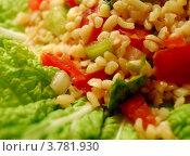 Салат из булгура и болгарского перца. Стоковое фото, фотограф Вакулин Сергей / Фотобанк Лори