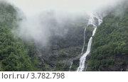 Купить «Пейзаж с водопадами в горах», видеоролик № 3782798, снято 19 июня 2012 г. (c) Losevsky Pavel / Фотобанк Лори