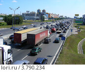 Купить «МКАД 2-ой километр. Москва», эксклюзивное фото № 3790234, снято 8 июля 2012 г. (c) lana1501 / Фотобанк Лори